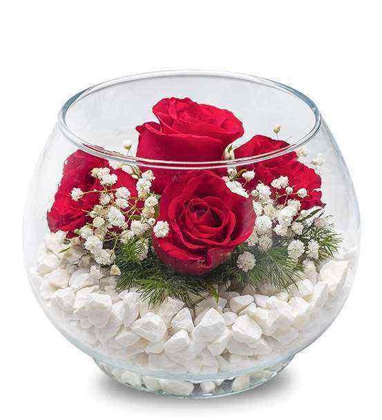 Cam Vazoda Taşlı Güller